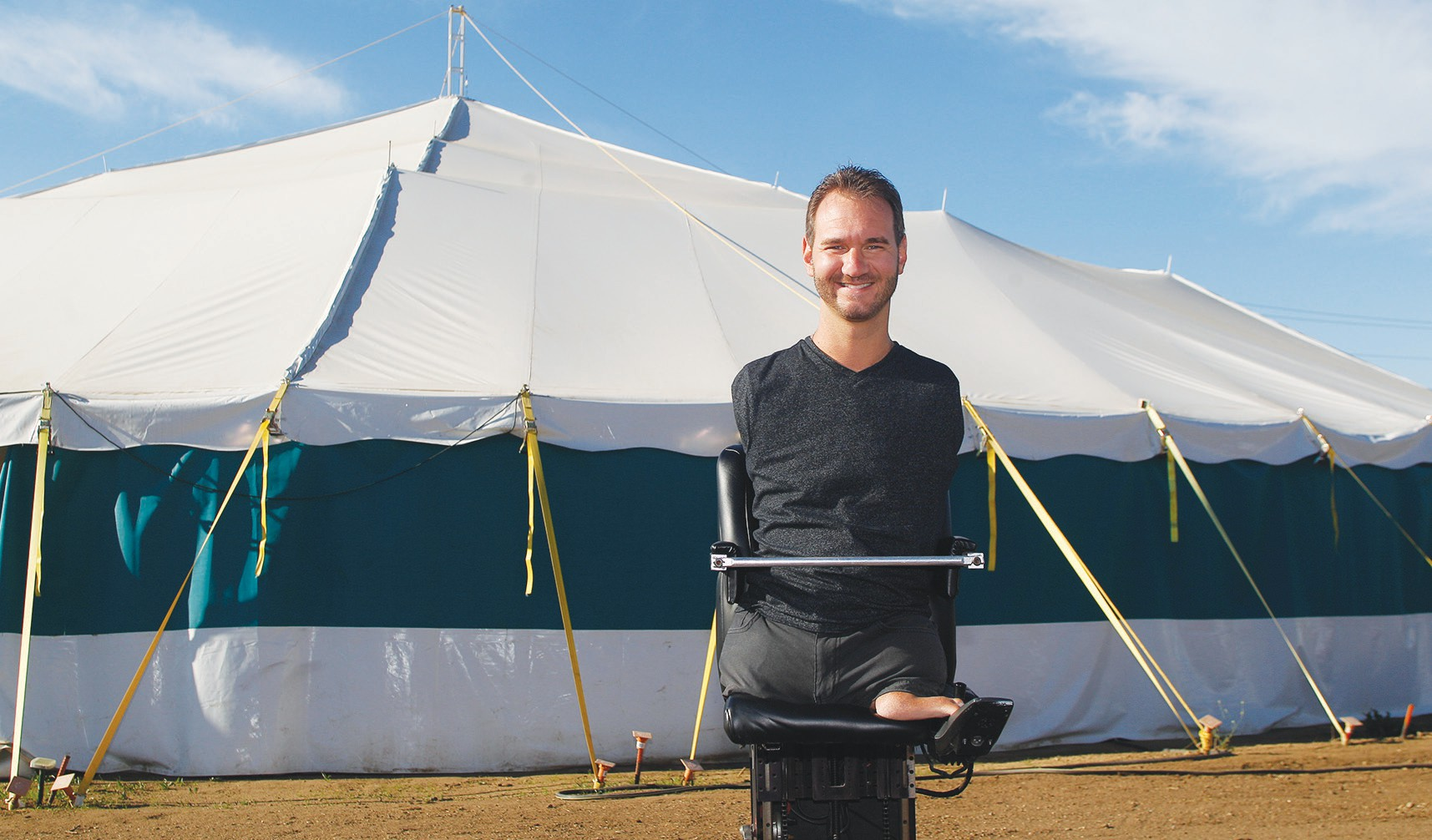 COME ONE COME ALLu2014Motivational speaker Nick Vujicic founder of the nonprofit Life  sc 1 st  The Camarillo Acorn & Moorpark evangelist pitches Jesus and a big tent | Camarillo Acorn